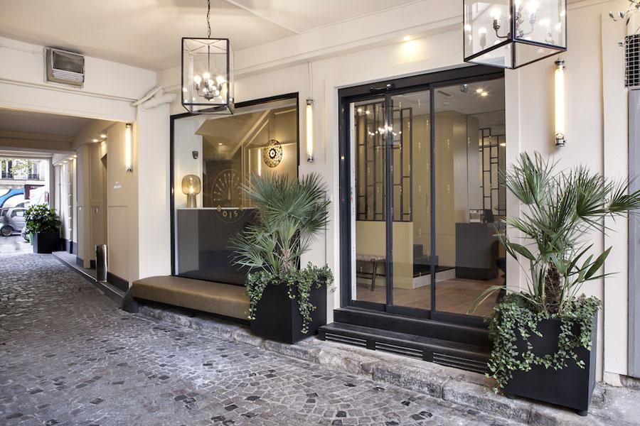 Zwart witte designbadkamers van Hotel Doisy