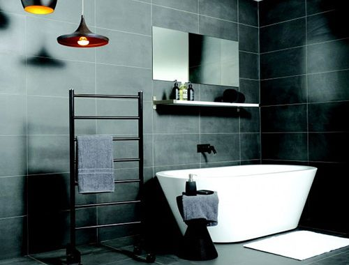 Zwarte designbadkamer